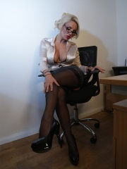 Office _Stockings_2