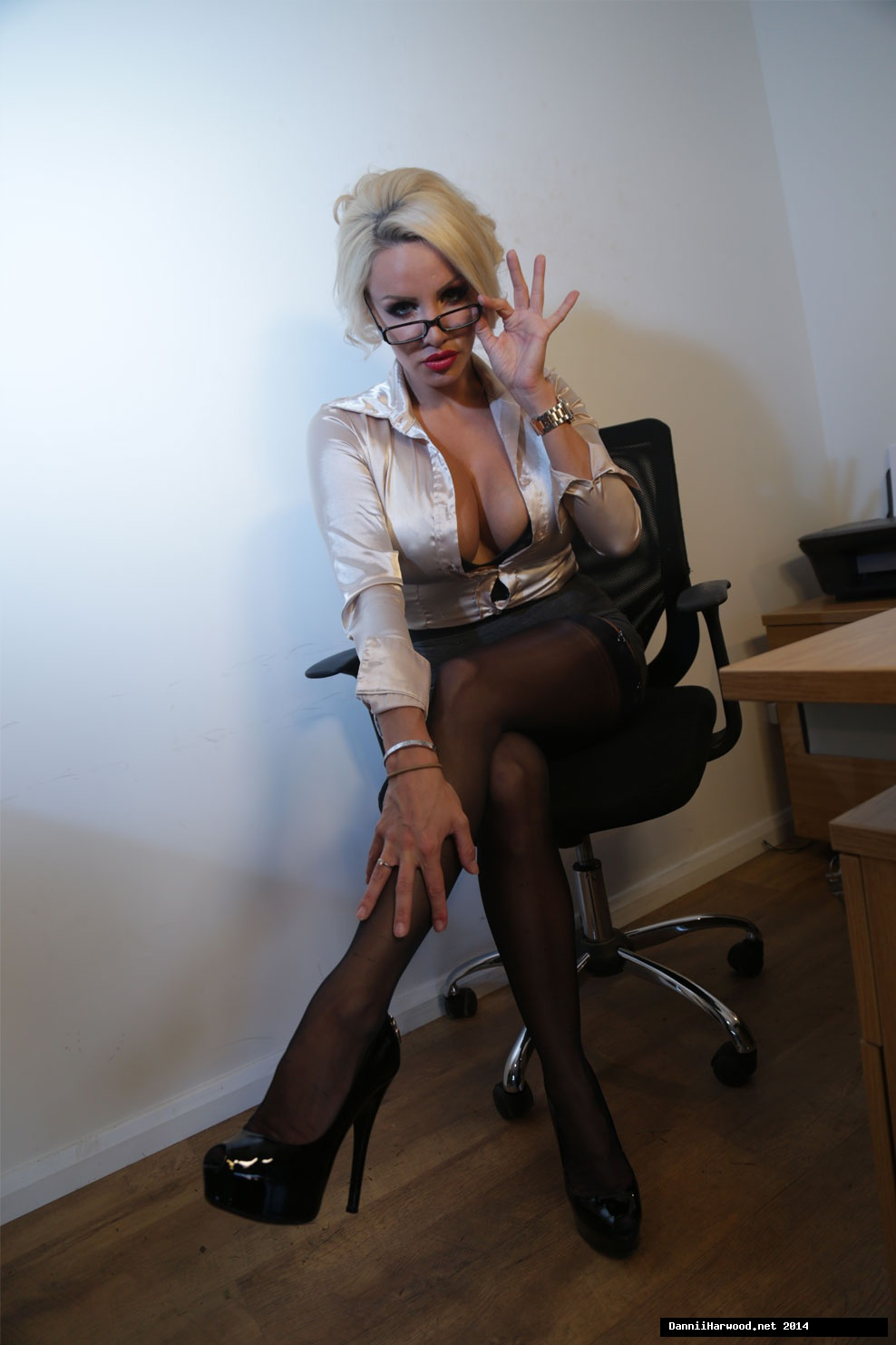 Office _Stockings_3