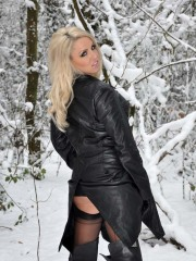 Snow_Girl_2